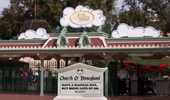 10 Ways that Disney Parks are like Megachurches, Amen?